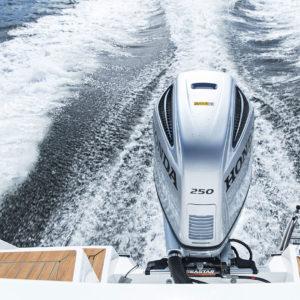 Påhengsmotor til båt